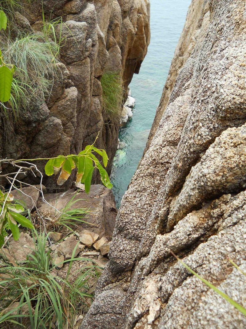 Climb around ravine