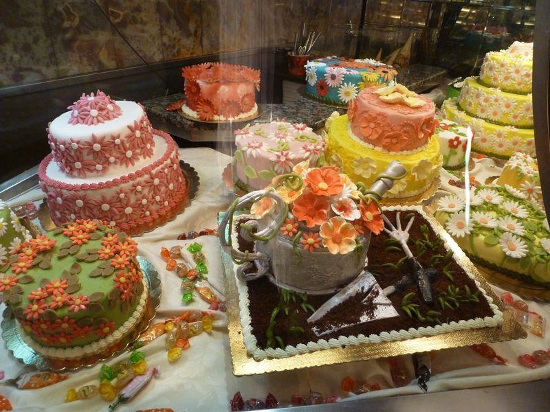 P1000455_spring_cakes