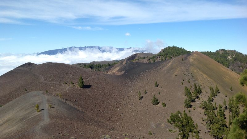 516_volcanoes_cumbre_vieja_cropped