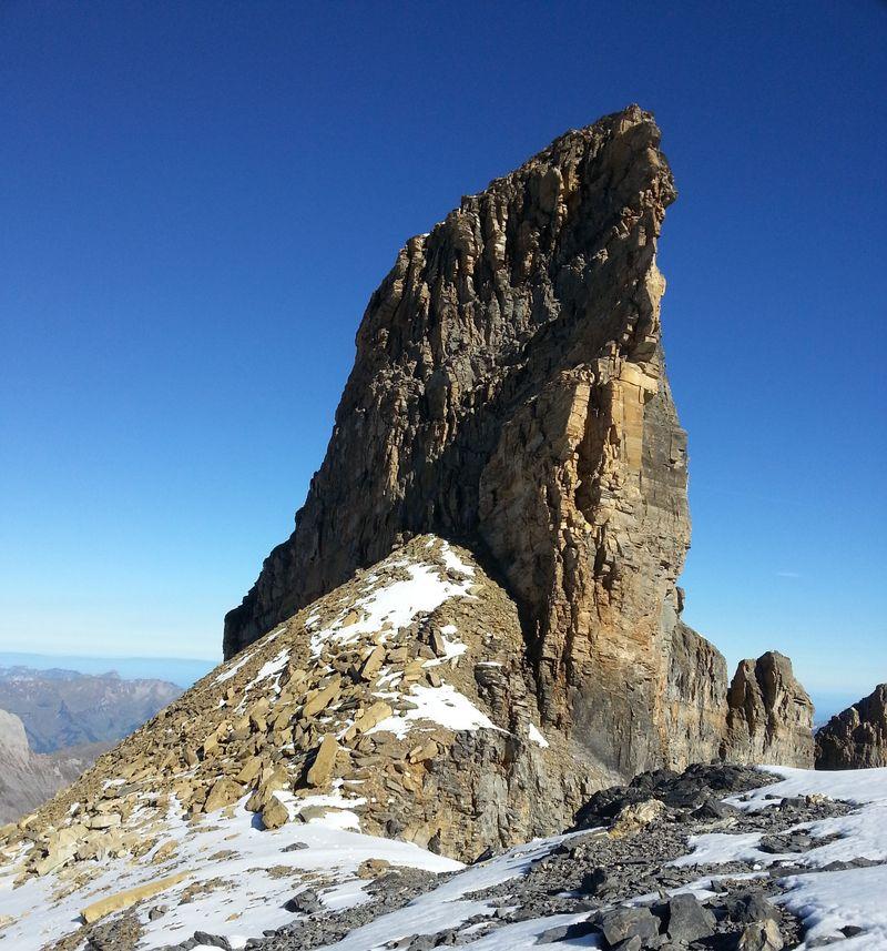 Wildi Frau south ridge