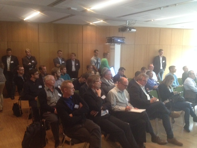 ADVA session with standing audience
